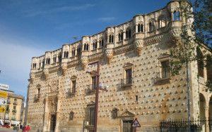 Los turistas ponen un sobresaliente al Palacio del Infantado.