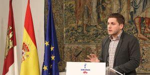 El portavoz del Gobierno de Castilla-La Mancha, Nacho Hernando, comparece ante los medios de comunicación en el Palacio de Fuensalida de Toledo para informar sobre los acuerdos de la última reunión del Consejo de Gobierno. (Foto: Álvaro Ruiz // JCCM)
