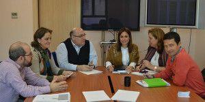Momento de la reunión de la junta rectora de Farcama
