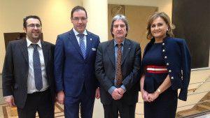 Prieto junto a los senadores del PP por Cuenca en el  pleno