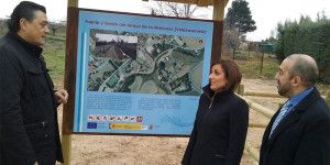 Yolanda Ramírez durante su visita a Valdeaveruelo.