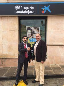 Foto acuerdo Torremocha y la Caixa