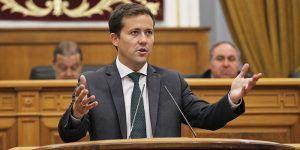 carlos velazquez en el pleno de las cortes 300616 | Liberal de Castilla