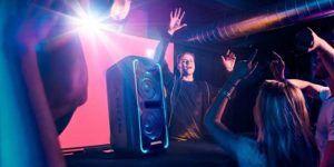 El DJ Mike Williams añade música a la campaña europea de Sony
