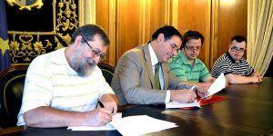 FirmandoConvenioAdocuNota
