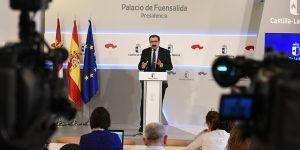 Jesús Fernández Sanz presenta el programa de actividad asistencial en los hospitales públicos