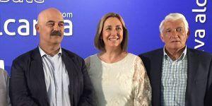 Silvia Valmaña junto a Miguel Bernal y Pedro Villaverde  miembros de la dirección de Nueva Alcarria