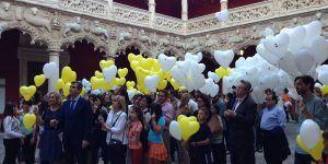 Suelta de globos en el Infantado
