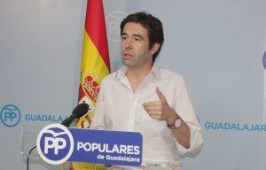 Lorenzo Robisco, diputado regional del PP hoy en rueda de prensa 090816