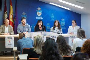 Presentación de la Pasarela de Creadores. Evento de moda enmarcado en la programación de actos en apoyo a la candidatura del Palacio del Infantado a Patrimonio Mundial