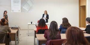Inauguración cursos de psicología aplicada en el CMI