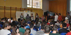 coworking y alumnos del IES Pedro Mercedes
