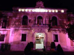 fachada-rosa-diputacion-cancer-mama