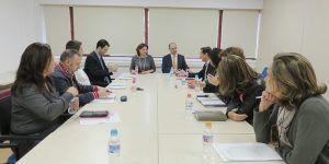 la-consejera-de-economia-empresas-y-empleo-mantiene-una-reunion-con-el-personal-de-la-delegacion-provincial-en-guadalajara