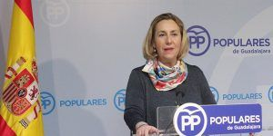 la-diputada-nacional-silvia-valmana-hoy-en-rueda-de-prensa-131016