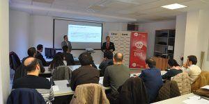 Cerca de 30 empresarios de Cuenca reciben información sobre marcas y patentes