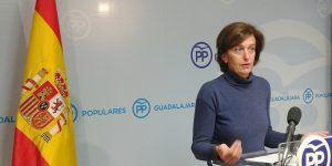 la-senadora-ana-gonzalez-hoy-en-rueda-de-prensa-161116