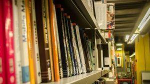 universitarias-participaran-feria-libro-frankfurt_963515189_115441567_667x375