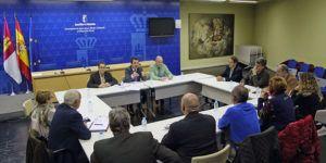 Reunión con representantes de las Asociaciones de las nueve Denominaciones de Origen de Vino de CLM | Liberal de Castilla