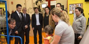 entrega cheque DHL 3 | Liberal de Castilla