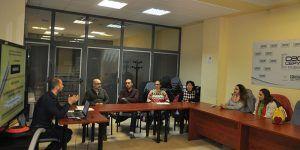Empresarios del sector del comercio de Cuenca reciben información sobre el uso de las redes sociales en sus negocios
