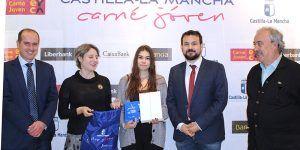 Rocío Valentín, residente en la ciudad de Guadalajara, ganadora del concurso 'Únete al Carné Joven contra la violencia de género'