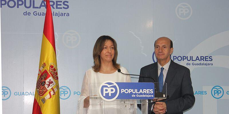 """Guarinos destaca que del Congreso """"ha salido un partido más fuerte y unido en torno a una gran líder, María Dolores Cospedal, la mejor"""""""