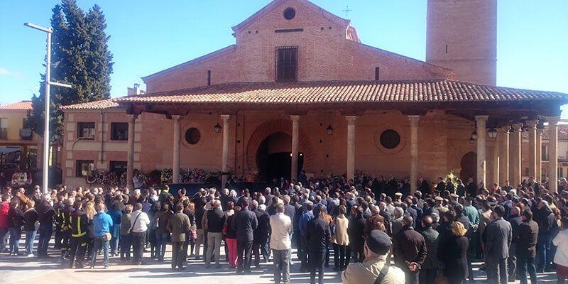 Cientos de personas dan su último adiós a Elena de la Cruz en Guadalajara