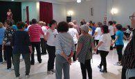 El encuentro de gimnasia de mantenimiento reúne a 65 personas de Alovera, Cabanillas y Villanueva