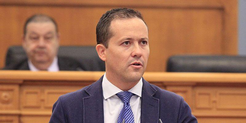Las Cortes reprueban a Page y le instan a ejecutar íntegramente el presupuesto en Sanidad, ante su incumplimiento en 2016