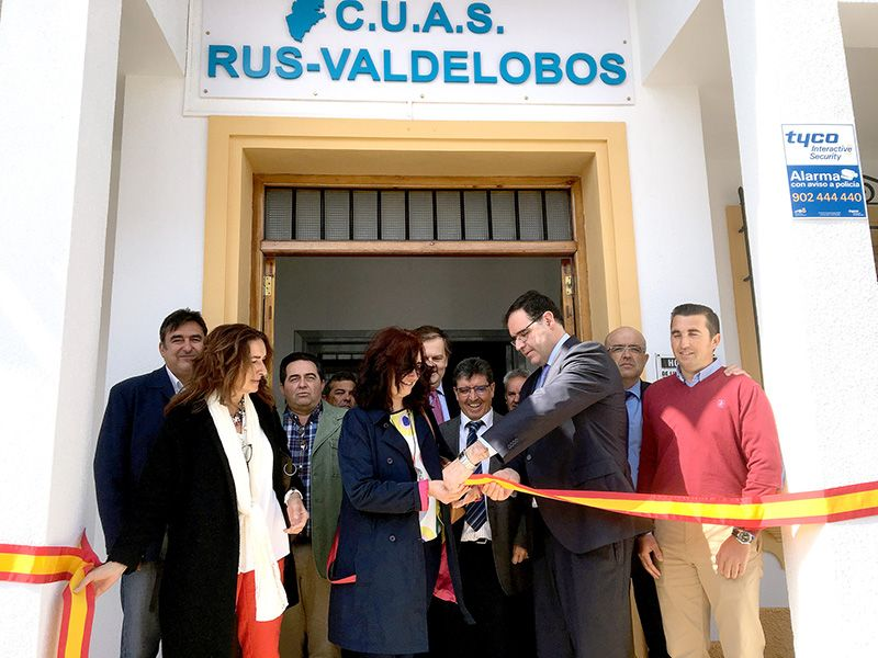 Prieto elogia el importante papel de la CUAS Rus-Valdelobos como puente de unión entre los regantes y la Administración