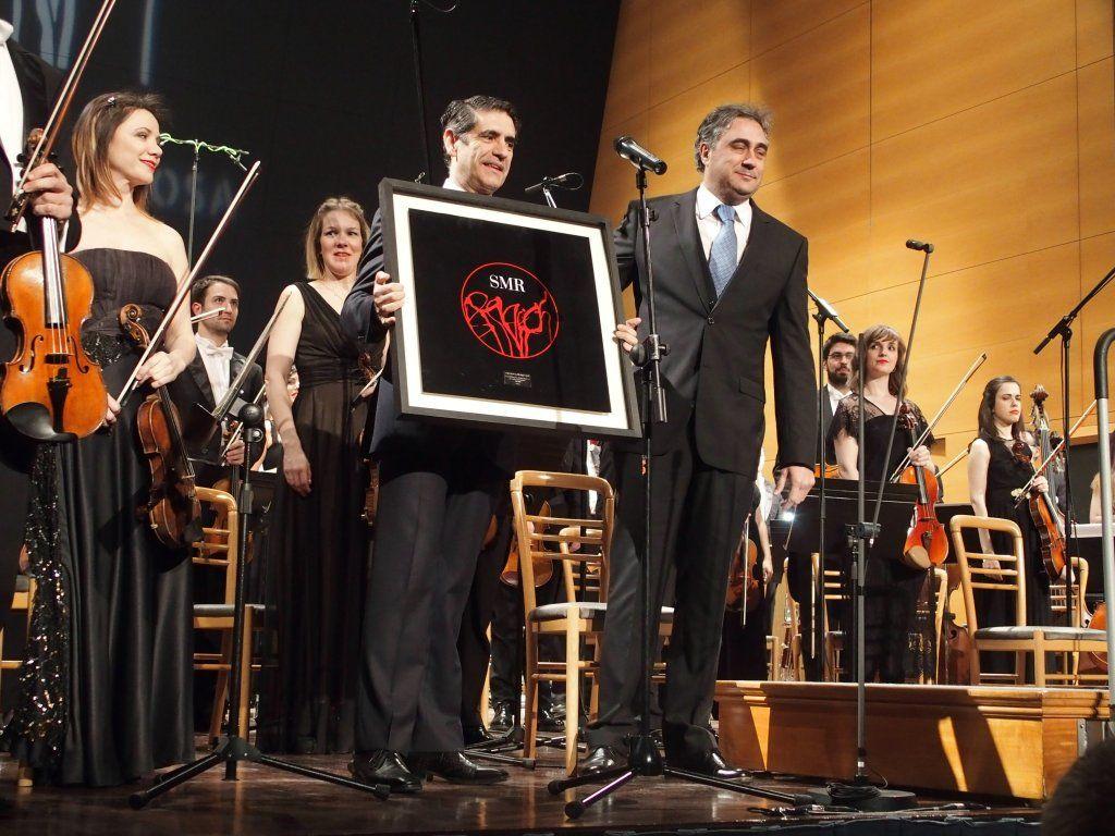 Mariscal ha entregado un premio honorífico de la SMR a la Orquesta y Coro de RTVE