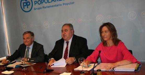 """Guarinos asegura que """"Page se va a ir; no tiene lugar en Castilla-La Mancha y no le quieren ni los suyos"""""""