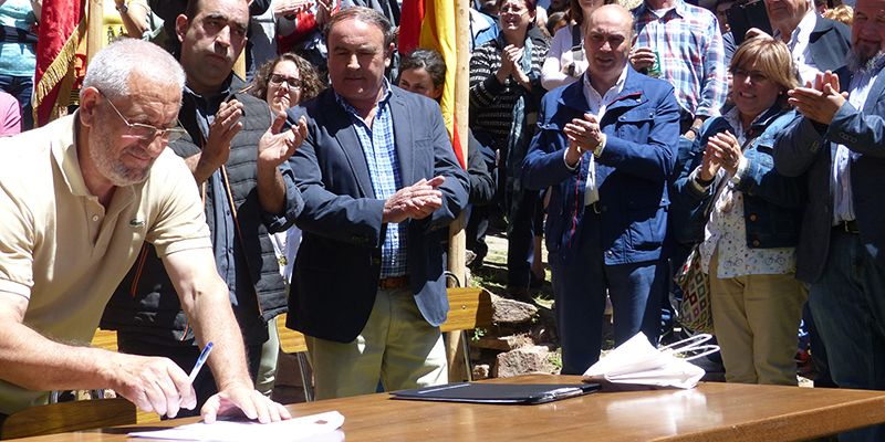 José Manuel Latre participa en la Romería a la Virgen de Montesinos, en Cobeta