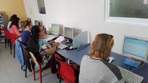 La Biblioteca Municipal de Alovera celebró el Día Mundial de Internet
