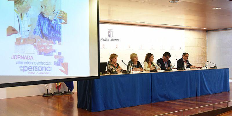 La Junta asumirá en 2017 la gestión del sistema informático de Atención a la Dependencia 'SISAAD' para Castilla-La Mancha