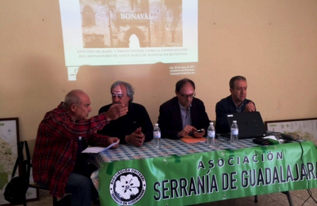 La Junta reitera en Retiendas su compromiso de licitar el proyecto de restauración de Bonaval