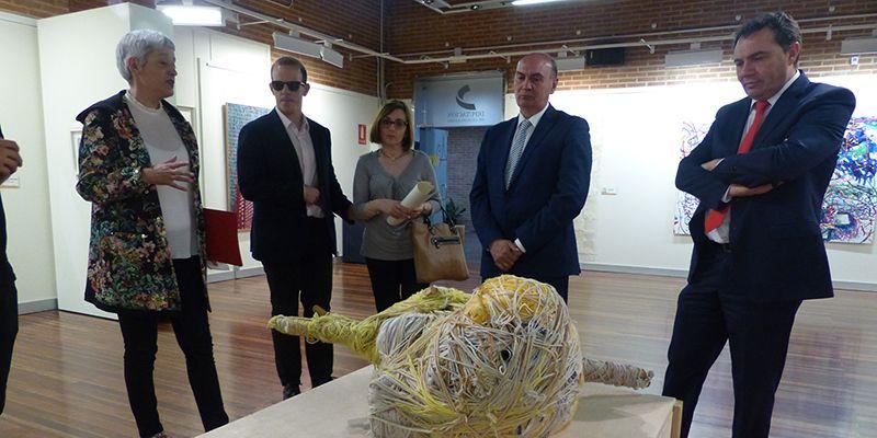 Latre inaugura la exposición 'El Mundo Fluye' de Fundación ONCE