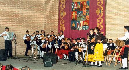 Los alumnos de Iniciación a la Música Escuela de Folklore de la Diputación ofrecen su Actuación Fin de Curso