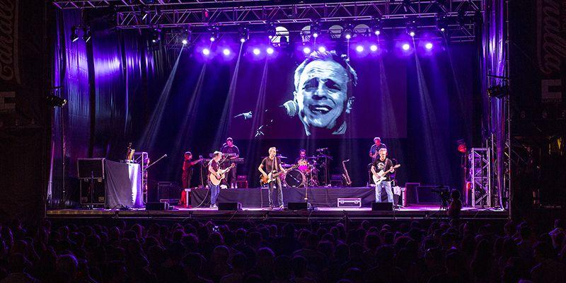 Éxito rotundo de Hombres G y Fernandisco en el fin de fiesta de la primera edición de Festival Canalla
