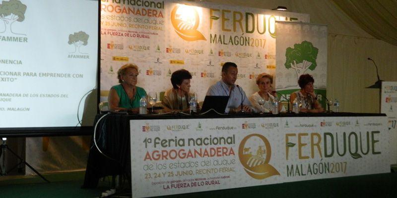 """Carmen Quintanilla """"Estamos en Ferduque porque apostamos por el mundo rural y la igualdad de oportunidades"""""""