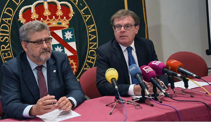 Collado se muestra crítico con la Junta La Universidad está infra-financiada