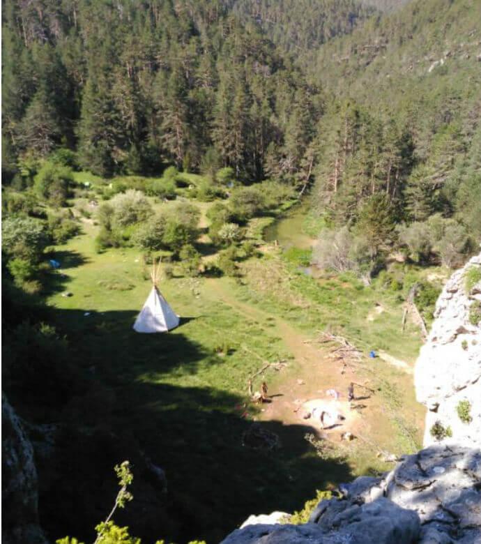 Denuncian un asentamiento en el Parque Natural del Alto Tajo, entre Guadalajara y Cuenca