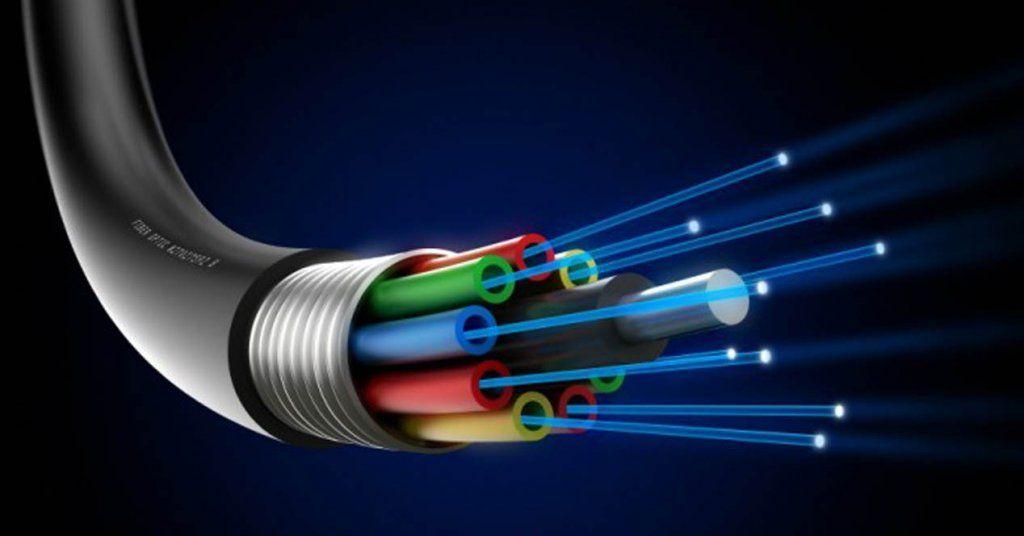 El Ayuntamiento pide a la Junta que apruebe el despliegue de fibra óptica en Huete
