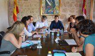 El Gobierno regional y el Ayuntamiento de Iniesta darán un impulso al Plan de Ordenación Municipal de la localidad