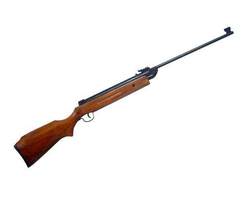 Intervenidas dos escopetas de aire comprimido después de que un menor disparara a sus vecinos de enfrente
