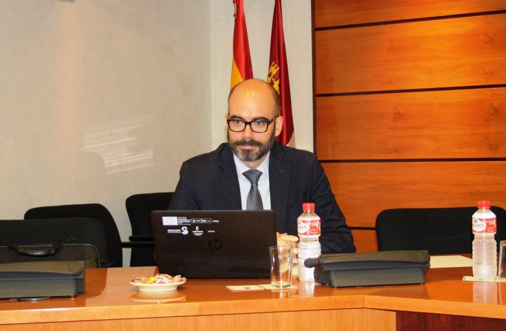 La Junta trabaja para desarrollar las ofertas de empleo público que permitan situar la tasa de temporalidad en el SESCAM en torno al 7%
