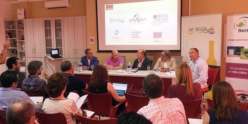 La UCLM celebra el primer encuentro de Denominaciones de Origen en el sector vitivinícola