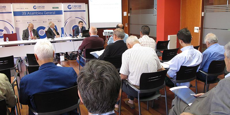 La XXXIX Asamblea General de CEOE-Cepyme Guadalajara tiene un recuerdo especial para los presupuestos regionales