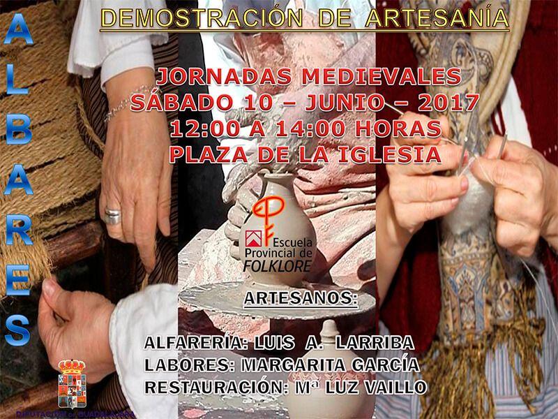 Demostraciones de artesanía de la Escuela de Folklore de la Diputación en Albares el próximo sábado 10